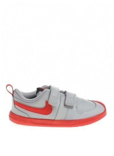 Nike Nike Unisex Çocuk Gri Yürüyüş Ayakkabısı Gri